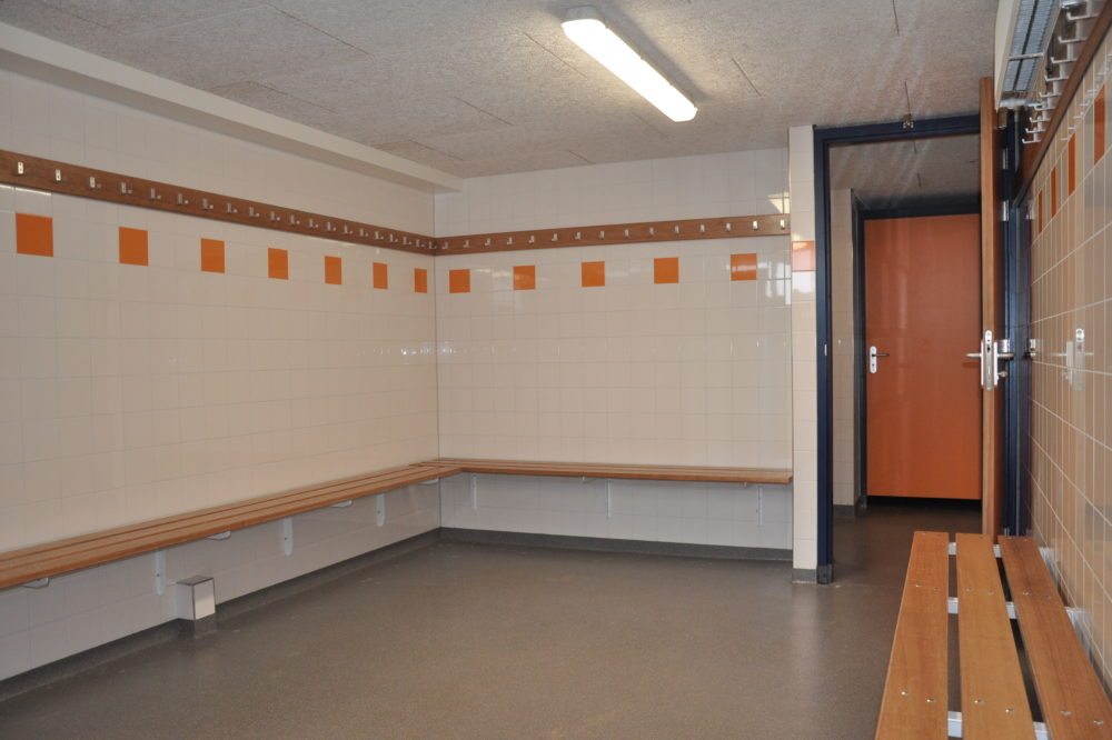 renovatie kleedkamers sportvereniging Honselersdijk